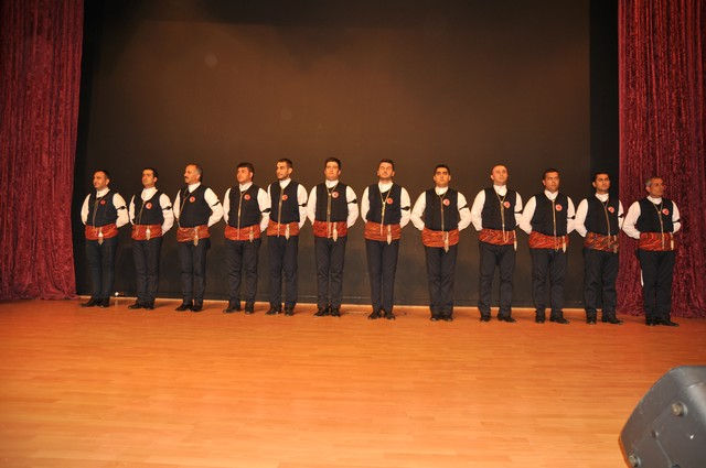 20.06.2012-yunus-emre-k.merkezi-goesterisi-740