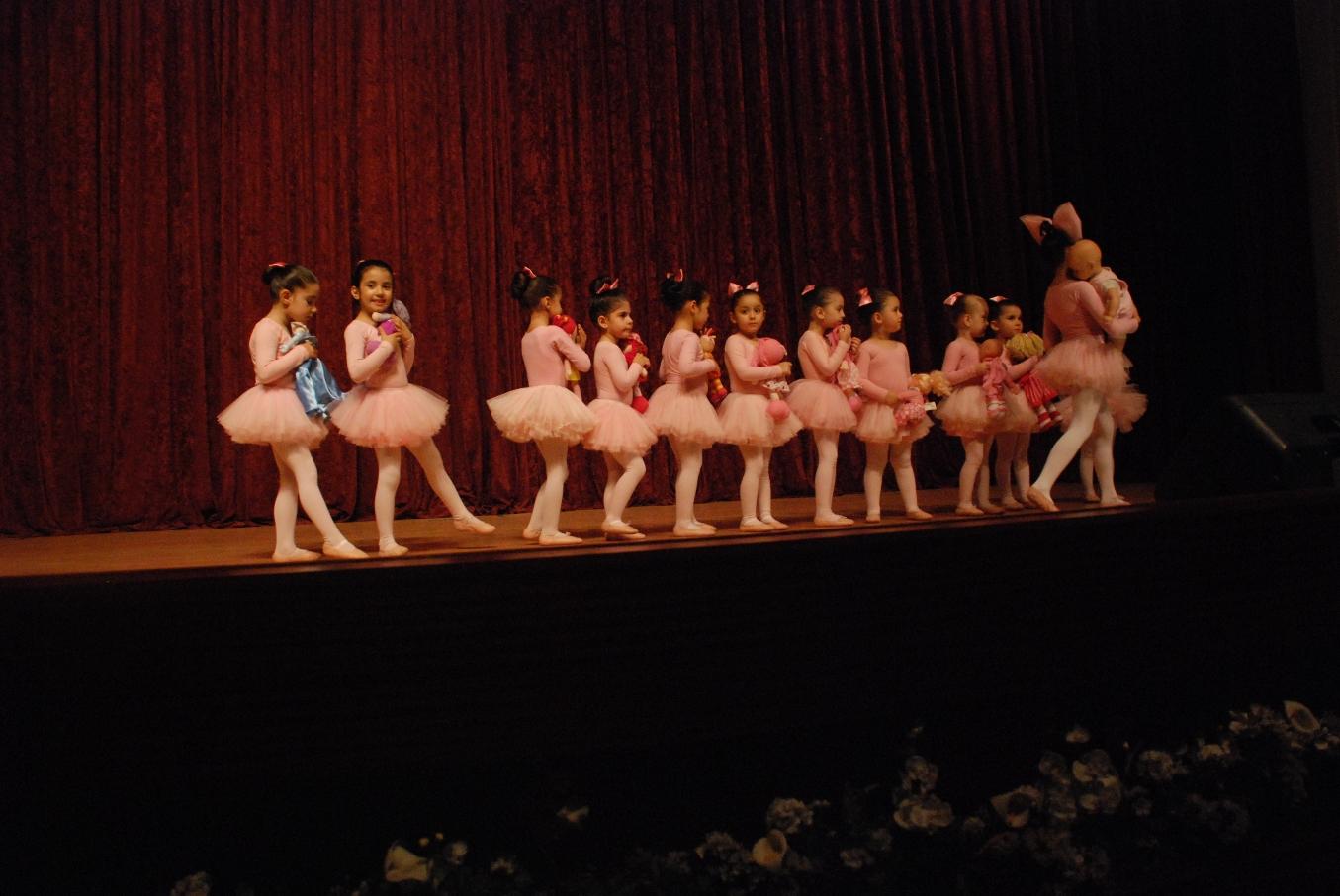 20.06.2012 yunus emre k.merkezi gösterisi 183