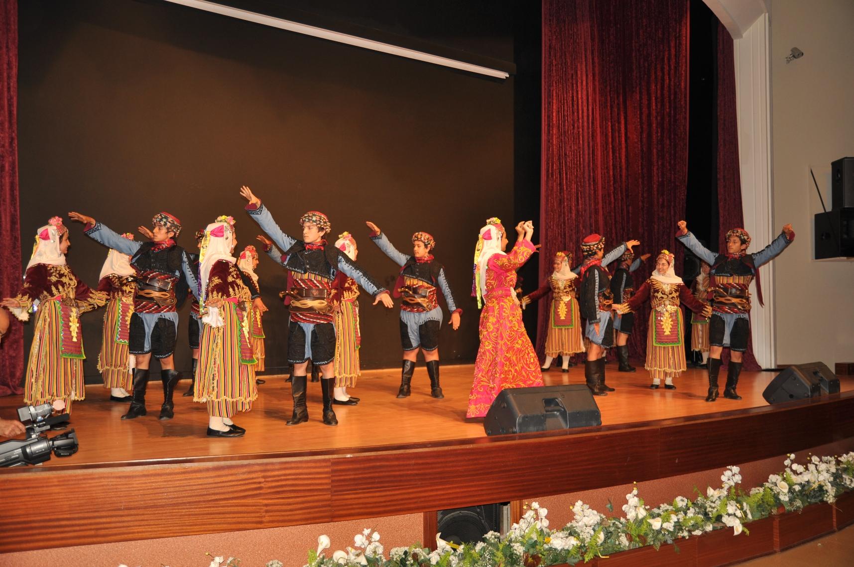 20.06.2012 yunus emre k.merkezi gösterisi 726